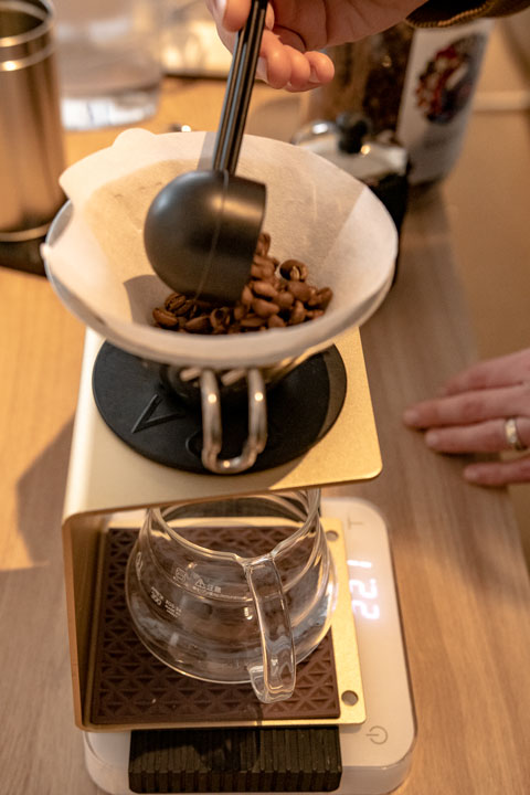 Preparing a filtered coffee